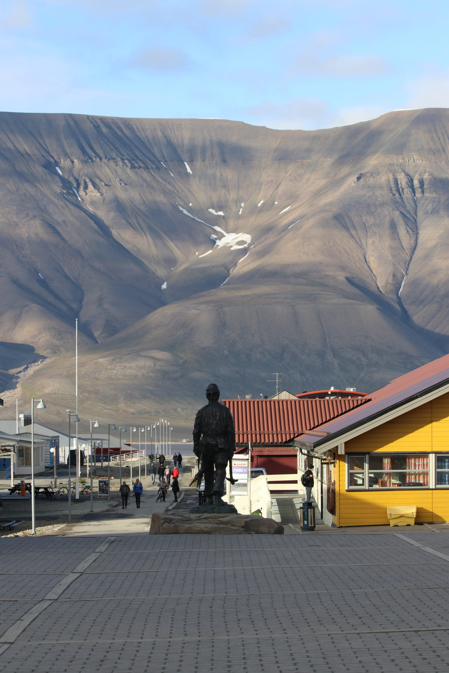 Longyearbyen, Svalbard: Summer in the High Arctic